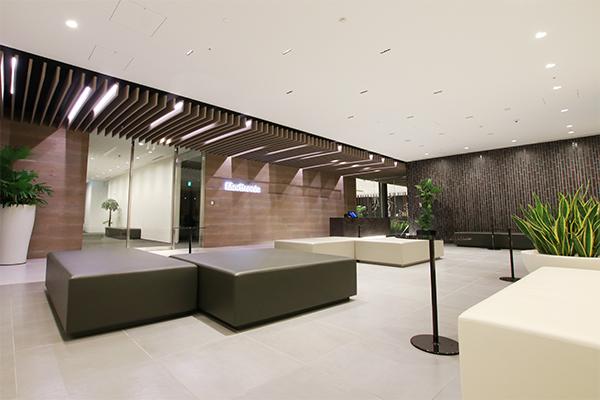 日本メドトロニック株式会社、本社・カフェスペースの画像